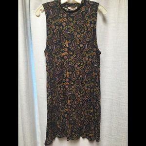 Sleeveless turtleneck shift dress